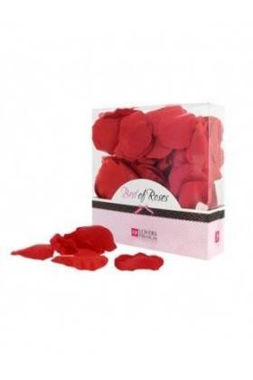 Petals of Red roses Lovers Premium